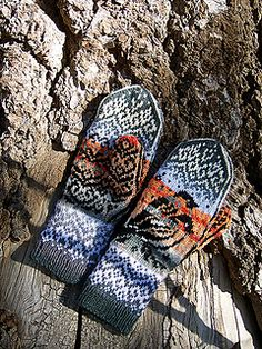 Ravelry: Bullfinch Mittens pattern by Natalia Moreva Bullfinch, Mittens Pattern, Fair Isle Knitting, Ravelry, Toms, Oxford Shoes, Dress Shoes, Create, Fashion