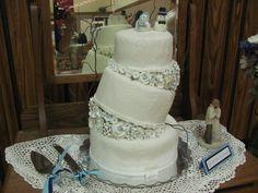 :) Winter Wedding Cake
