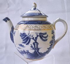 Vintage Booths Old Willow Teapot, with Best Gold Trim