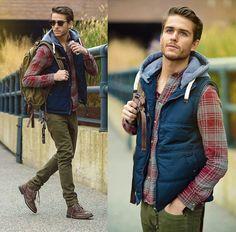 #vest #plaid #hip Sharp Dressed Man, Mens Puffer Vest, Plaid Vest, Stilvolle Outfits, Men Casual, Casual Winter, Men Fashion, Fashion Fall, Fashion Shoes