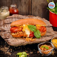 #streetfood #cheesedog #food #fooddelivery #teletal Hot Dog Buns, Hot Dogs, Cheese Dog, Comfort Foods, Street Food, Bread, Ethnic Recipes, Brot, Baking