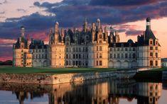 rabstol_net_castle_23.jpg (2560×1600) Замок Шамбор Palaces, Chateaus, Loire Castles, Belle France, France 1, Tours France, Paris France, Camelot Castle, Beast's Castle