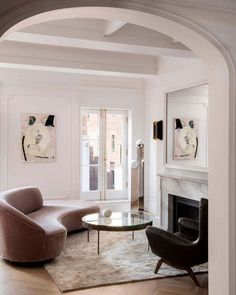 Boho Home Decor modern living room with arched doorway.Boho Home Decor modern living room with arched doorway. House Design, House Interior, Luxury Living Room, Home, Interior, Living Decor, Luxury Living, Room Interior, Elegant Home Decor