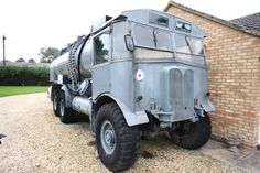 aEC Matador - Google Search Army Vehicles, Armored Vehicles, Classic Trucks, Classic Cars, 4x4 Wheels, Old Lorries, Mg Cars, Royal Air Force, Commercial Vehicle