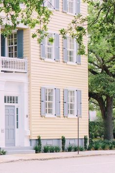 Classic country architecture greets guests at Zero George Street (Charleston, South Carolina) - Jetsetter