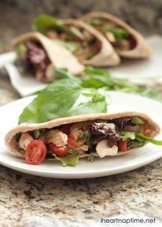 Chicken caprese salad pita on iheartnaptime.com ...healthy and delicious! #recipes