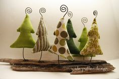 xmas fabric crafts Weihnachten mit T - fabriccrafts Christmas Sewing, Noel Christmas, Rustic Christmas, Winter Christmas, Handmade Christmas, Christmas Ornaments, Driftwood Christmas Tree, Christmas Projects, Holiday Crafts