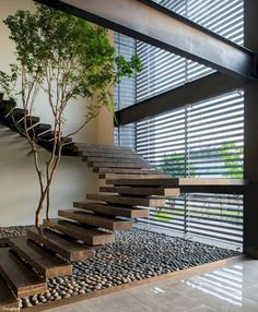 Top 10 Unique Modern Staircase Design Ideas for Your Dream House Most people dream of a big house with two or more floors. SelengkapnyaTop 10 Unique Modern Staircase Design Ideas for Your Dream House Home Interior Design, Exterior Design, Interior Architecture, Interior And Exterior, Interior Ideas, Staircase Architecture, Design Homes, Interior Garden, Chinese Architecture