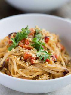 simple thai peanut noodle stir fry