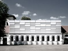EQUITONE facade panel: Germany - K�then - concert hall - Photographer: Werner Huthmacher