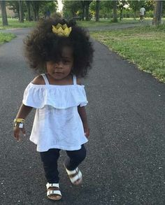 40 Cute Hairstyles for Black Little Girls 2017 Cute Black Babies, Beautiful Black Babies, Cute Baby Girl, Beautiful Children, Cute Babies, Baby Girls, Chocolate Babies, Afro, Baby Swag