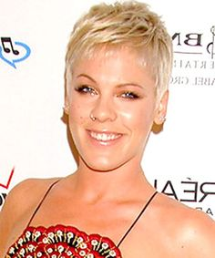 27 Short Pixie Haircuts That Never Go Out of Style