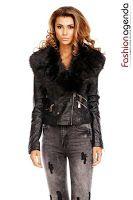 Fur Coat, Winter Jackets, Fashion, Winter Coats, Moda, Winter Vest Outfits, Fashion Styles, Fashion Illustrations, Fur Coats