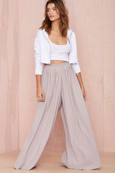 nasty gal. in motion palazzo pants. #fashion