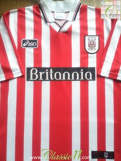 Relive Stoke City's season with this vintage Asics home football shirt. Football Kits, Sport Football, Soccer, Classic Football Shirts, Vintage Football Shirts, British Football, Stoke City, Red And White Stripes, Black Trim