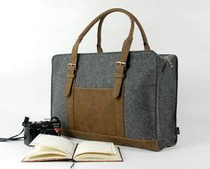 Felt Duffle Bag Gym Travel Luggage Overnite Bag door Filzkraft, $79.00