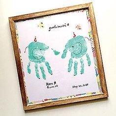 手形アートでお子さんの成長記録を残そう!