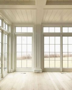 75 Cozy Modern Farmhouse Sunroom Decor Ideas - Home Floor To Ceiling Windows, Windows And Doors, Wall Of Windows, Sunroom Windows, Home Windows, Exterior Windows, Dining Room Windows, Transom Windows, Farmhouse Windows