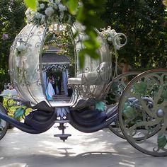 Real Wedding Spotlight: Caroline & StevenEver After Blog | Disney Fairy Tale Weddings and Honeymoon