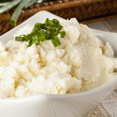 A Delicious basic mashed potatoes recipe, great served garnished with green onions and gravy.