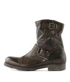 OXS   Boot 1262 Brown Women   Rossi&Co #women #fashion #boots #oxs #italian #madeinitaly #bootsforwomen #designer #brown #leather #love #online #sale #present #ideas #gift #girlfriend #cognac #cool #outlet #ankleboots #heels #rossiundco #black #biker #bikerboots