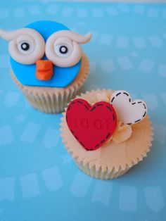 giggle and hoot cup cakes