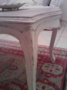 Tavolino vintage trasformato in stile Shabby