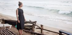 Encircled creates versatile minimalist clothes with the everyday traveler in mind. Each piece is Made in Canada, out of sustainable, and eco friendly materials. Fair Trade Clothing, Eco Clothing, Ethical Clothing, Ethical Fashion, Travel Wardrobe, Capsule Wardrobe, Travel Dress, Travel Light, Sustainable Fashion
