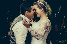 Priscila & Gerson | Casamento - com Tiara Bellucci http://www.tullenoivas.com