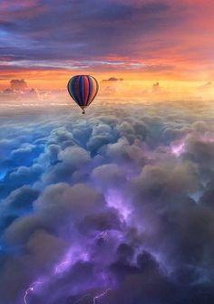 Sin título Air Balloon Rides, Hot Air Balloon, Balloons Photography, Nature Photography, Sky Watch, Air Ballon, Fantasy Landscape, Amazing Nature, Wallpaper Backgrounds