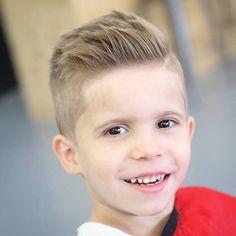 coupe de cheveux garcon 4 ans degradé blond sur le coté