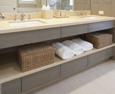 Floating vanity with open shelves and drawers light- travertine or crema marfil, grey palette Hotel Bathroom Design, Modern Bathroom Design, Design Hotel, Vanity Shelves, Floating Vanity, Bathroom Inspiration, Design Inspiration, Design Ideas, Interior Modern