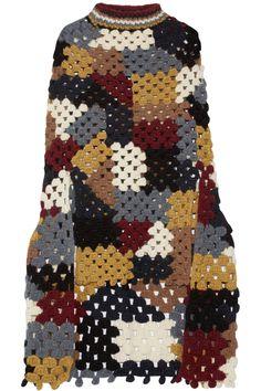 Rosetta Getty Woman Crocheted Alpaca-blend Poncho Multicolor In Navy Crochet Jumper, Crochet Coat, Crochet Blouse, Crochet Clothes, Crochet Dresses, Navy Blue Turtleneck, Turtleneck Style, Mode Crochet, Crochet Flower Tutorial