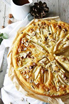 Birnenkuchen mit lauwarmer Schokosauce // pearcake with warm chocolatesauce