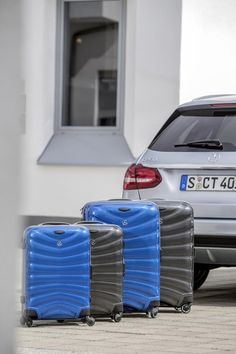 Mercedes-Benz Collection: Suitcase, Firelite Spinner in south sea blue and charcoal. By Samsonite for Mercedes-Benz.