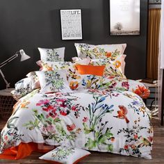 Lilly Flower, Flower Art, Watercolor Wallpaper, Watercolor Paintings, King Quilt Bedding, Indoor Aquaponics, Cotton Bedding Sets, Beds For Sale, Draped Fabric