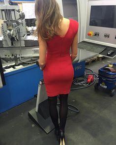 Today's office  #tussionset #lovemyjob #model #models #femalemodel #reddress #red #dress #blog #blogger #styling #femalemodel #brunette #bronde #heals #highheals #maschiene #photoshooting #modeling #modelwork #instagood #instalike #body #shape #booty #sexy #legs by lizakohl