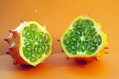 """Kiwano or also known as """"horned melon"""" is an exotic, peculiar-looking fruit from the central and southern regions of Africa. The horned melon may be native Weight Loss Detox, Lose Weight, Green Juice Detox, Parasite, Cancer Cure, How To Relieve Stress, Home Remedies, Health Benefits, Loosing Weight"""