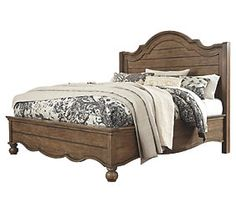 Tanshire Queen Panel Bed