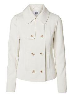 Classic white jacket from VERO MODA. #veromoda #classic #jacket #white #fashion