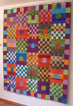 """Gridlock"" by Kaffe Fassett. from the book ""Glorious Patchwork"".Love the colors in this quilt Jellyroll Quilts, Scrappy Quilts, Easy Quilts, Patch Quilt, Quilt Blocks, Estilo Interior, Quilt Modernen, Colorful Quilts, Contemporary Quilts"