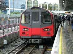 Beskrivelse London Underground 1996ts.jpg London travel tips - find the best cheap hotel for a great holliday