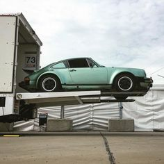 Ice green Turbo 3.0 #carreragram #porsche #porsche911 #porscheclub #porsche930 #porscheturbo #porschecarrera #carrera #classicporsche @nt911 by carreragram