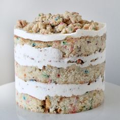 Momofuku Milk's birthday cake. I made this for my mother's birthday, delicious. (with my own spin)
