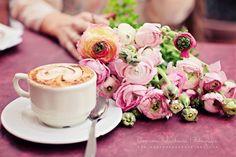 photo by eleonora sebastiani | #love #italy #flowers #pink #caffe