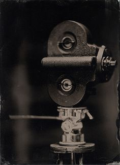 1920s Filmo 16mm movie camera
