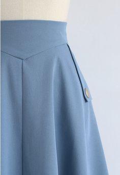 Jupe mi-longue classique Simplicity en bleu - Retro, Indie and Unique Fashion Unique Fashion, 1940s Fashion, Modest Fashion, Chiffon Skirt, Midi Skirt, Chicwish Skirt, Girl Outfits, Fashion Outfits, Classic Wardrobe