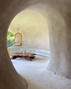 Bio-Haus in Naucalpan de Juárez, von Javier Senosiain entworfen Architecture Cool, Organic Architecture, Exterior Design, Interior And Exterior, Cob House Interior, Architecture Organique, Earth Bag Homes, Mud House, 3d Home