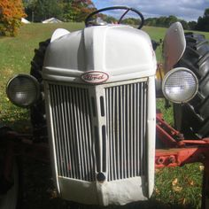 Do you think The Old Ford deserves to win the Steiner Tractor Parts Photo Contest?  Have your say and vote today for your favorite antique tractor photos!