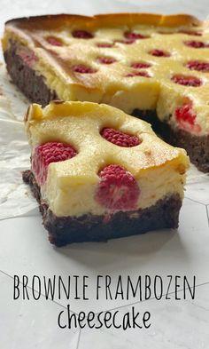 Brownie Cheesecake Bites, Keto Cheesecake, Delicious Desserts, Yummy Food, Baking Recipes, Dutch Recipes, Amish Recipes, Brownies, Love Food